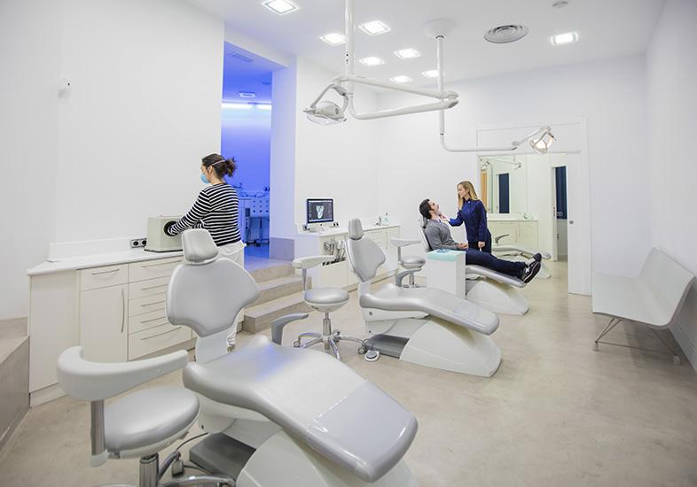 Zabalegui ortodoncia clínica en castro
